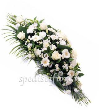 composizione-funebre-di-rose-e-gerbere-bianche