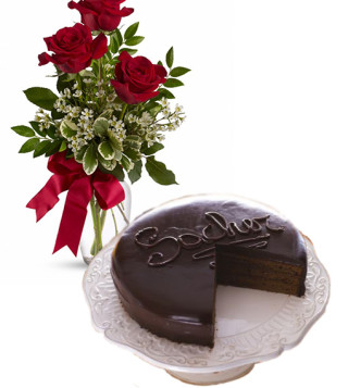 consegna-torta-sacher-e-tre-rose-rosse